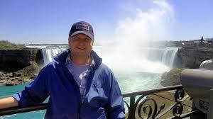 A képhez tartozó alt jellemző üres; NiagaraÁrpi.jpg a fájlnév